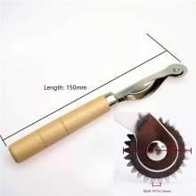 RAYART - Roulette de Couture avec Manche en Bois de  -20mm